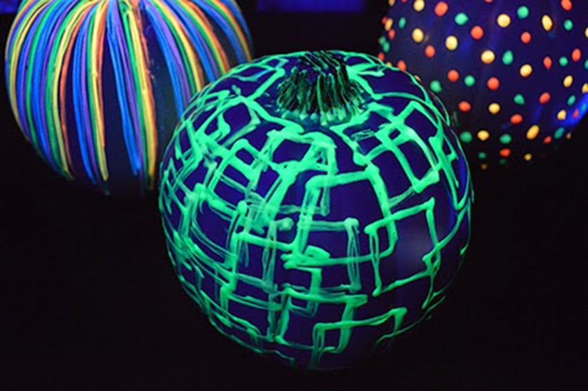 2 Glow in the Dark Pumpkin DIYs