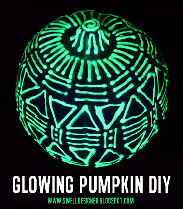 5 Glow in the Dark Pumpkin DIYs