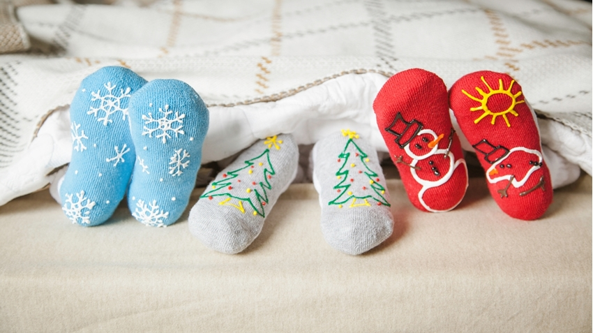 Picture of Holiday Fun Puffy Paint Socks