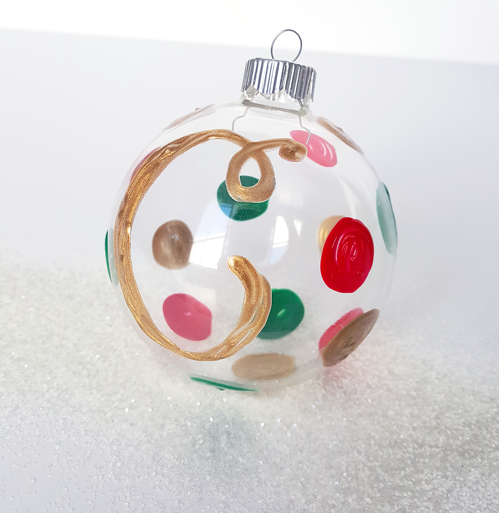 14 Ways to Make the Perfect Puffy Paint Ornament