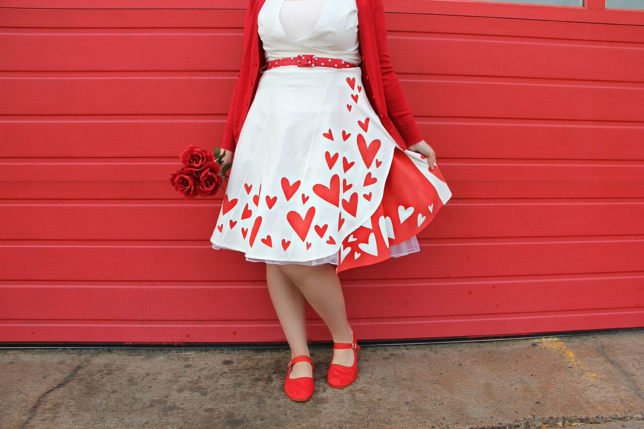Picture of Queen of Hearts ColorShot DIY Dress