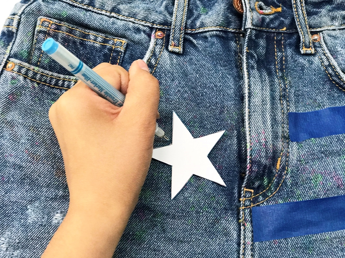 Americana-Inspired Cut-Off Shorts
