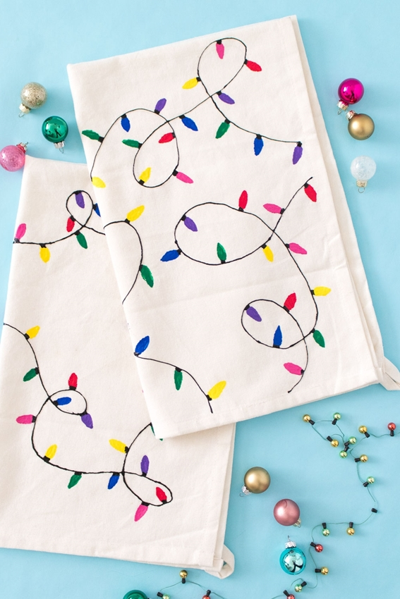 Picture of DIY Christmas Light Towels