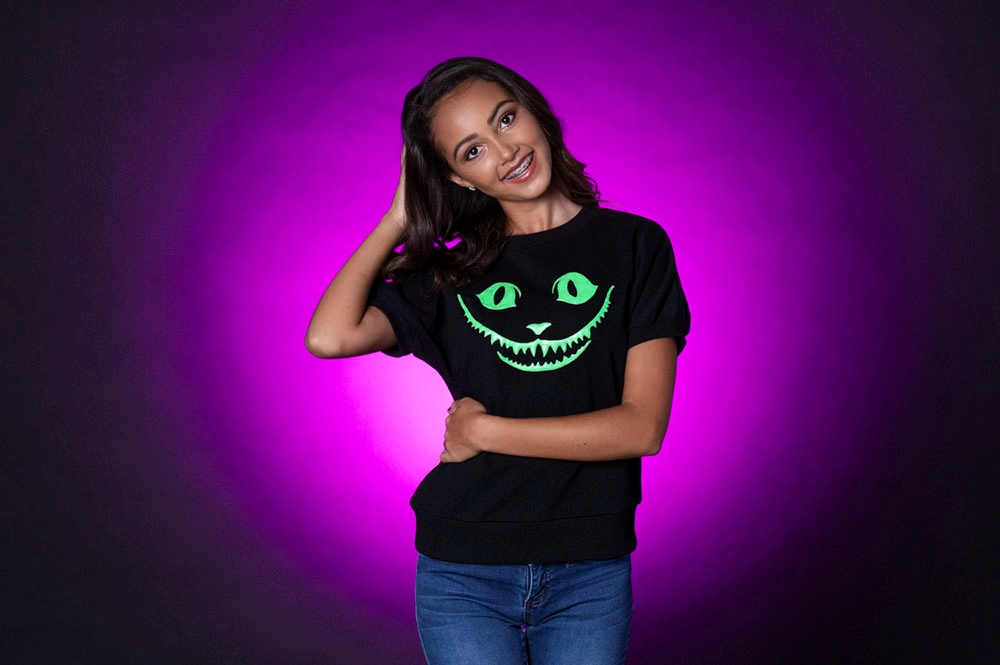 Picture of Cheshire Cat Glow T-shirt