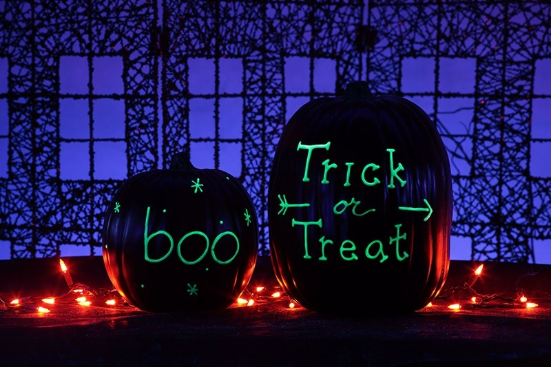 5 Glow-in-the-Dark Painted Pumpkin Ideas