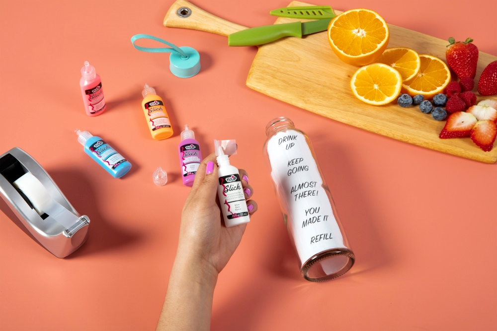 3D Paint Water Tracker Bottle