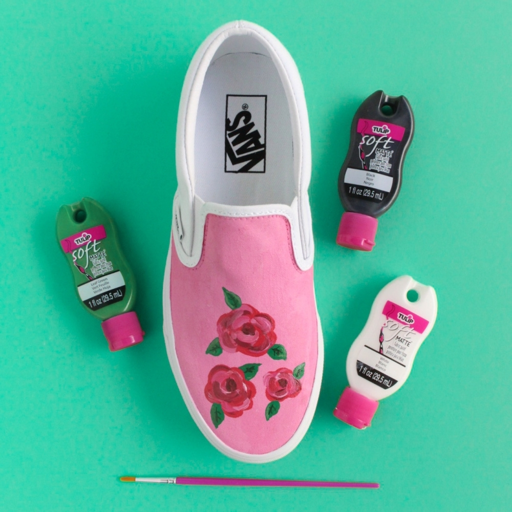 Tulip Painted Rose Shoes - paint leaves