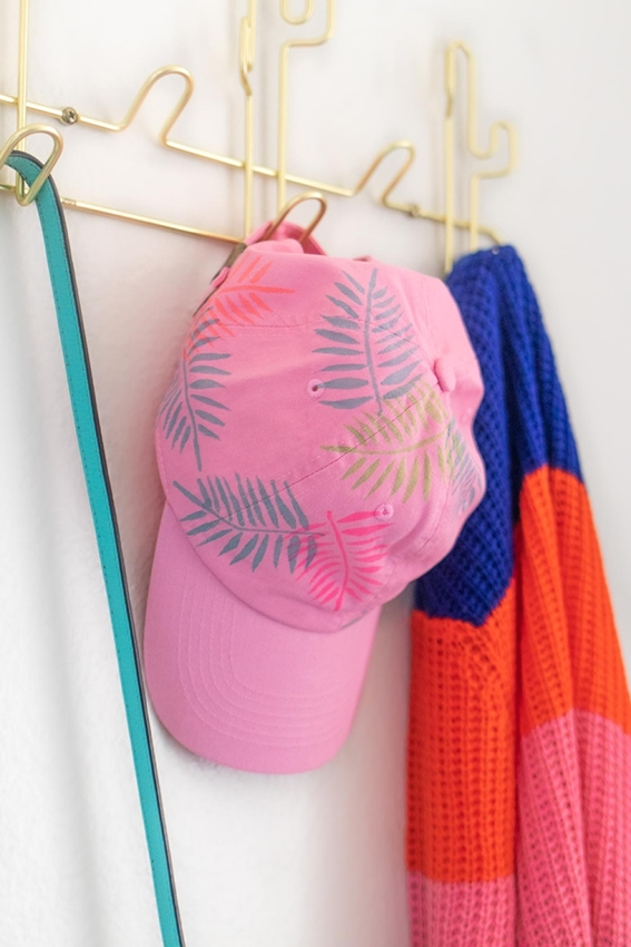 Tulip Palm Leaf Baseball Cap