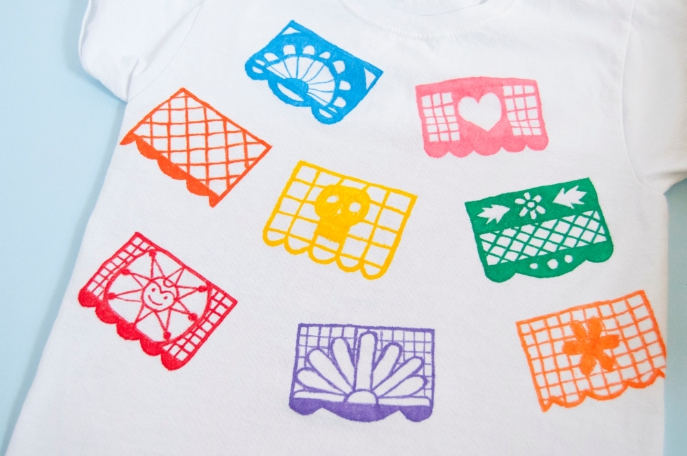 Tulip Fabric Markers DIY Papel Picado T-shirt - color in outlines