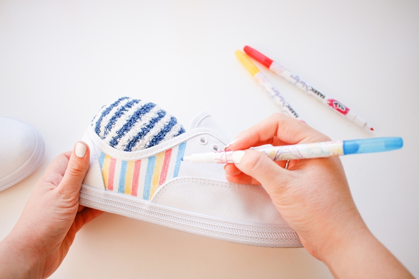 Favorite TV Show Fabric Marker Shoes – create lines on sides