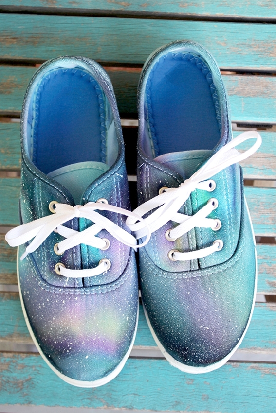 Dye shoes with One-Step Tie Dye and let set