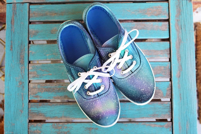 DIY galaxy shoes with Tulip Tie Dye