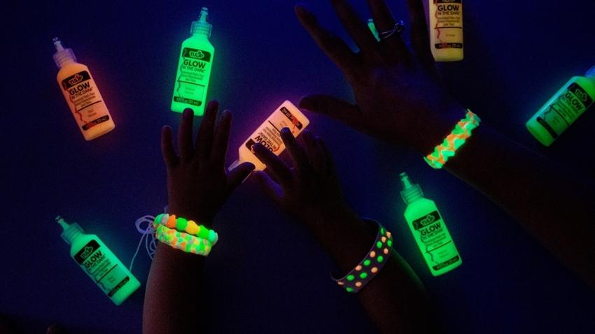 Picture of DIY Dimensional Paint Glow Bracelets
