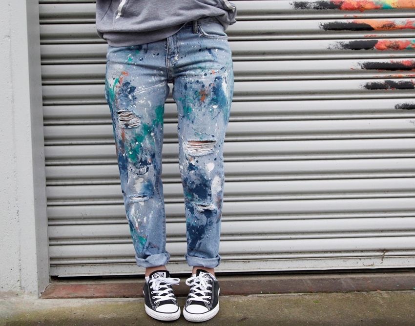 Custom painted jeans with Soft Fabric Paint