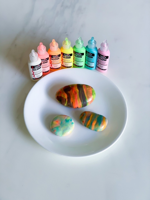 Picture of Marbled Glow Paint Rocks