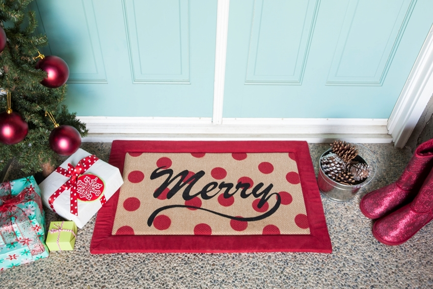 DIY Holiday Welcome Mat