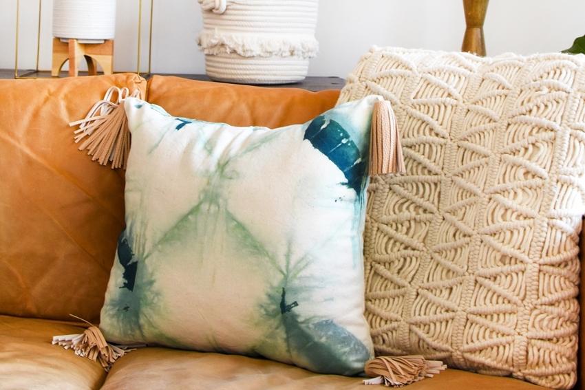 Picture of Shibori Tie-Dye Throw Pillows
