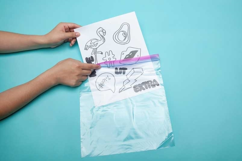 Print out template and place in plastic bag