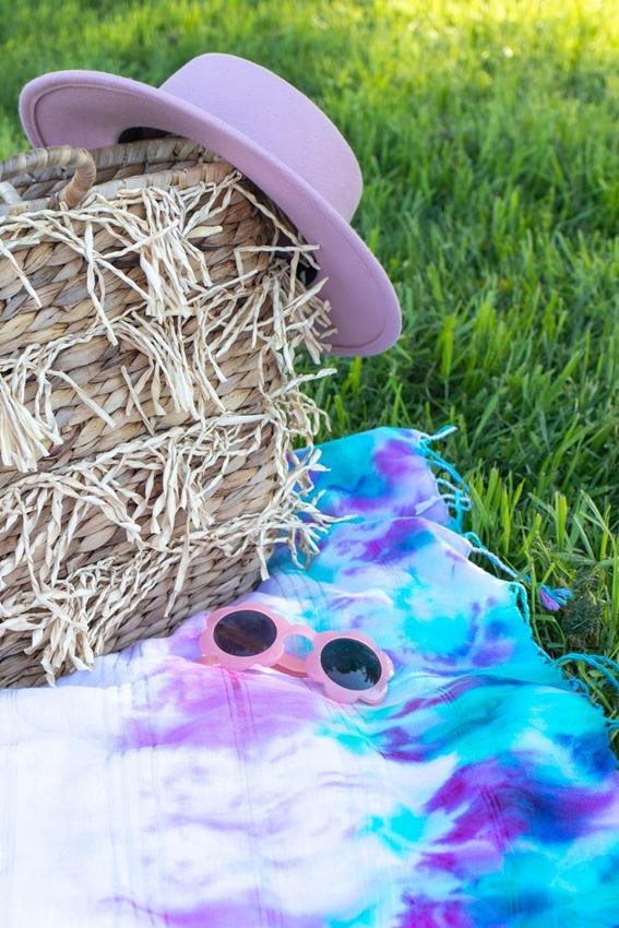 Tie-Dye Picnic Blanket