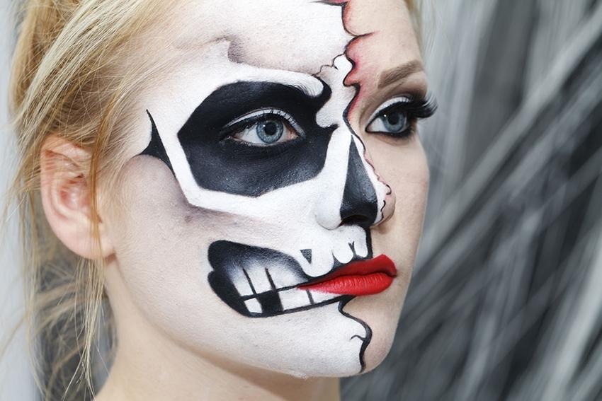 Skeleton Halloween Face Paint