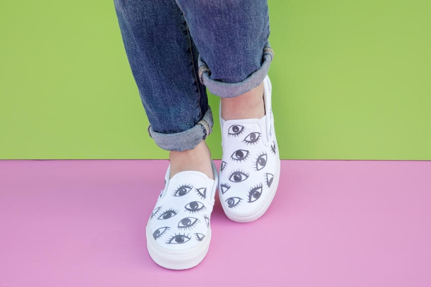 Fabric Marker Eyeball Shoes