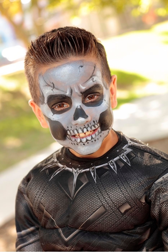 Skeleton Face Paint Idea